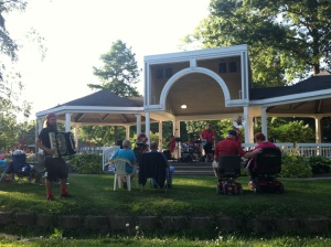 Oompa! It's polka in the park!