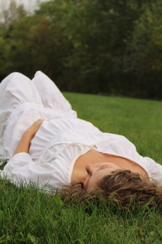 maternity.grass1